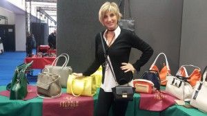 Cristina Lucarelli responsabile marketing dell'agenxia di rappresentanze moda Luca Fabi