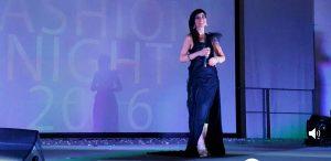 La cantautrice Star Elaiza, indossa un abito Veneziani Milano di Lorenzo Veneziani