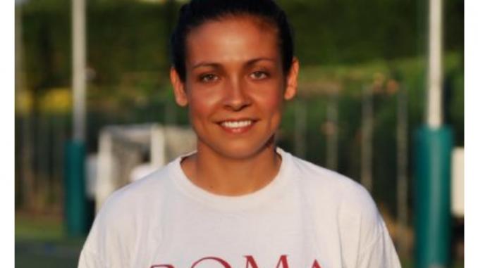 Alt text Giulia Norido