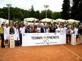 alt tag tennis&friends