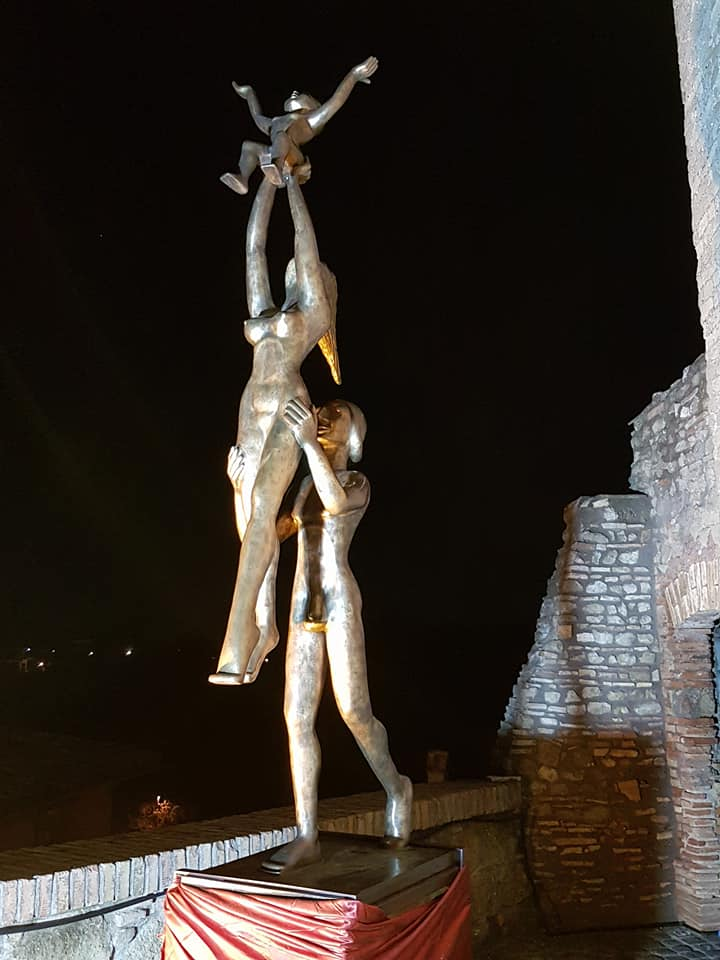 """Inaugurata venerdì 1 dicembre alla Rocca di Castelnuovo di Porto la mostra """"I bronzi di Fanor Hernandez alla Rocca- Armonie d'Arte"""" una mostra che ha lasciato pubblico e critici senza fiato"""