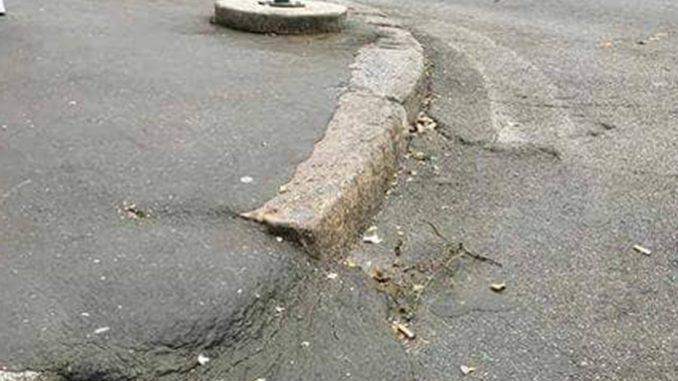 Alt Tag asfalto bollente