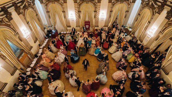 Alt text Gran Ballo Russo