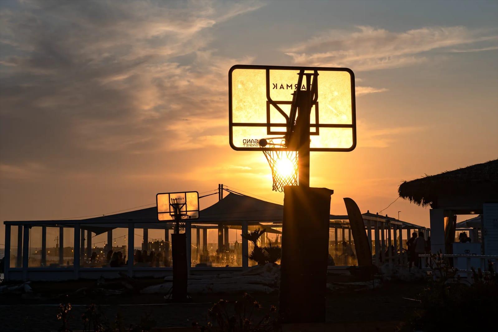 Alt tag tramonto